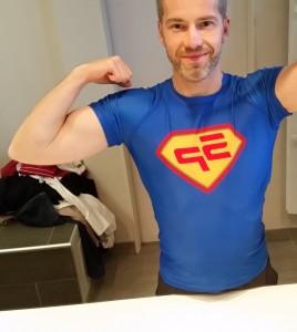 t-shirt-sp Attendre un colis de super physique, c'est comme attendre les cadeaux de Noël 🙂