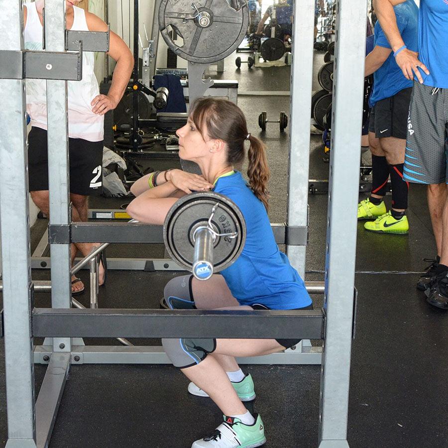 Aurore – 30 répétitions à 35 kg au Squat avant