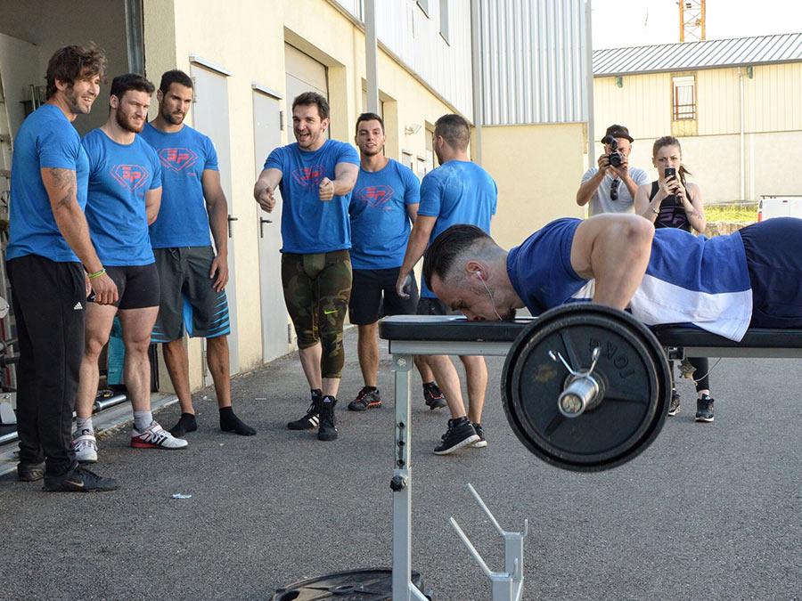 Valentin – 18 répétitions à 70 kg au Rowing Planche